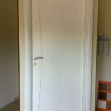 porta bianca in legno massello