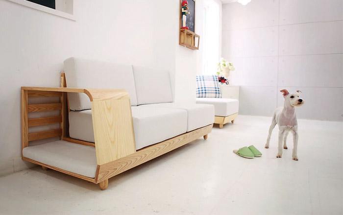 divano con cuccia incorporata per il cane